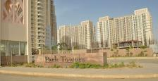 Semi Furnished 4 BHk Apartments for Rent In DLF Park Place
